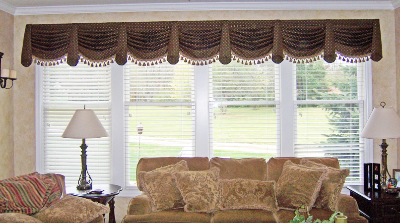 Custom Valances For Living Room. Custom Curtains Add Class And